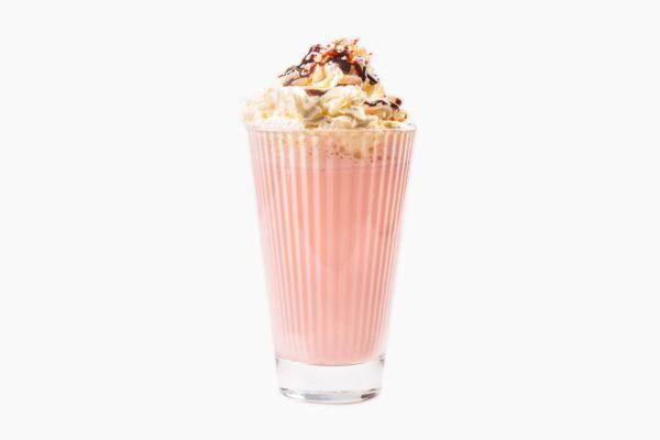 Молочный коктейль клубничный